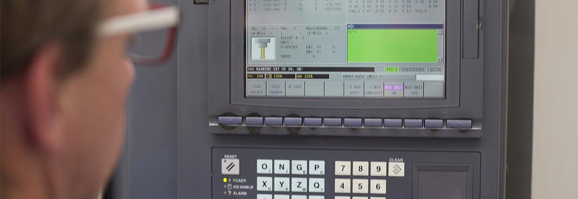 cnc-programming-machine